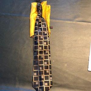 Men's tie and silk coat square